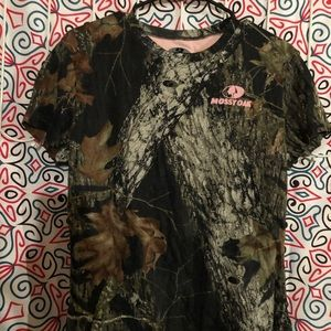 Mossy oak short sleeve top
